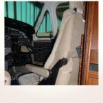 komplette Neuerstellung_Refurbishment King Air 1900 Airliner - Sitzfellbezüge für die Pilotensitze nachher