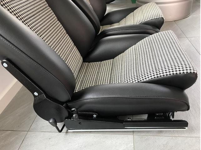 """Sitze Nachbau """"Porsche Recaro"""""""